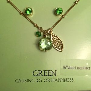 Jewelry - Green joy happiness short necklace and earring set